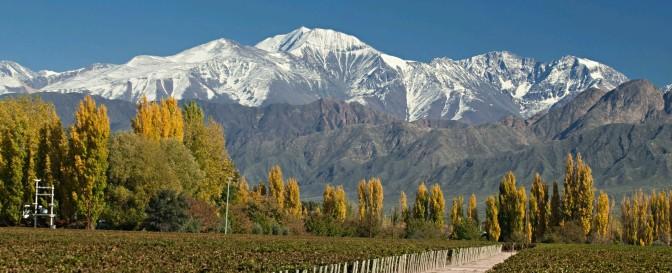 Com os Andes ao fundo