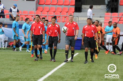 O brasileiro Sálvio Spinola foi um dos juízes da Copa Panamá