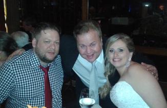 Sílvio, eu e Joice, no casório deles!