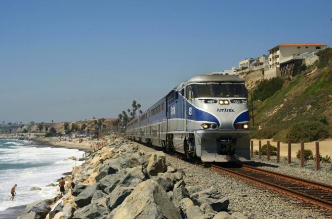 De trem pelas belas paisagens da Califórnia