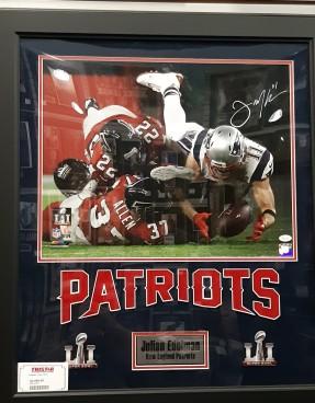 Quadro autografado da incrível recepção de Julian Edelman no Super Bowl
