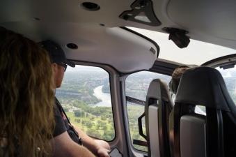 Passeio de helicóptero em Niagara-Falls