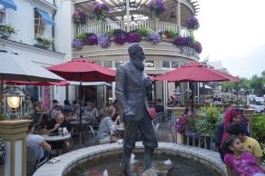 Estátua de Bernard Shaw