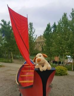 Canoa construída no Festival Adaka